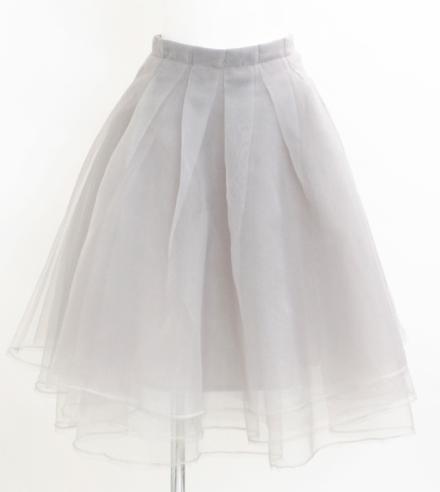 デイジークレアのオーガンジースカート