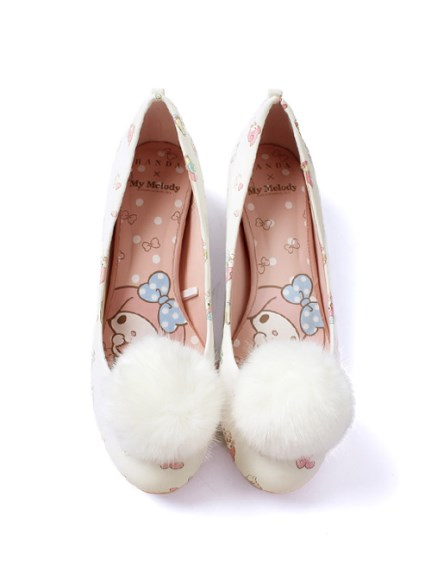 ランダ far tail pumps
